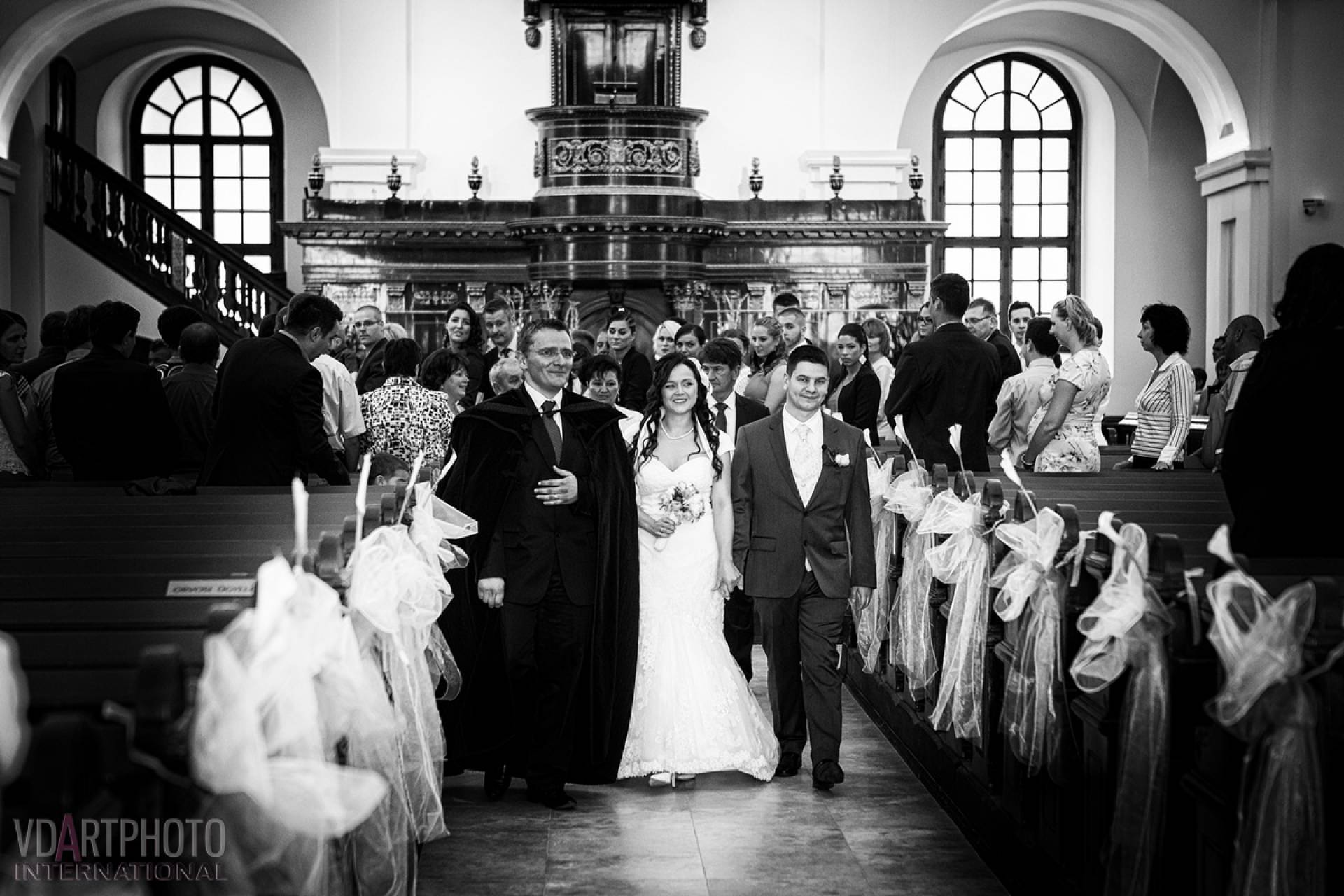 201509/Heni_Jani_wedding_retus00015_1_jpg.jpg -