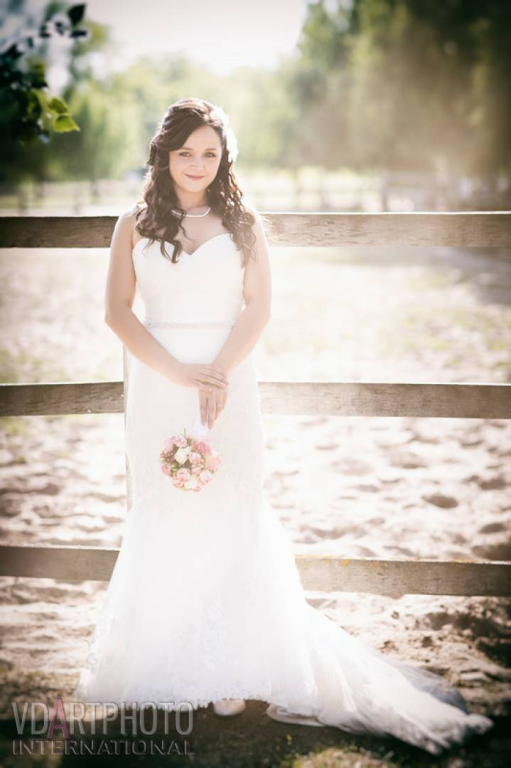 201509/Heni_Jani_wedding_retus00036_1_jpg.jpg -
